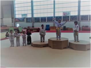 Challenge Hapkido Alicia 1ère et Thomas 2nd en 5-7 ans